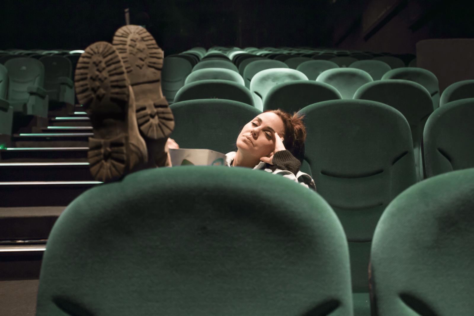 Dutten tijdens een film