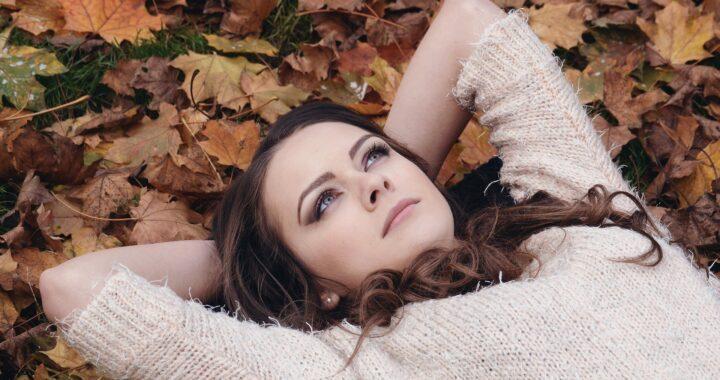 Herfst en corona maken ons moe en neerslachtig.